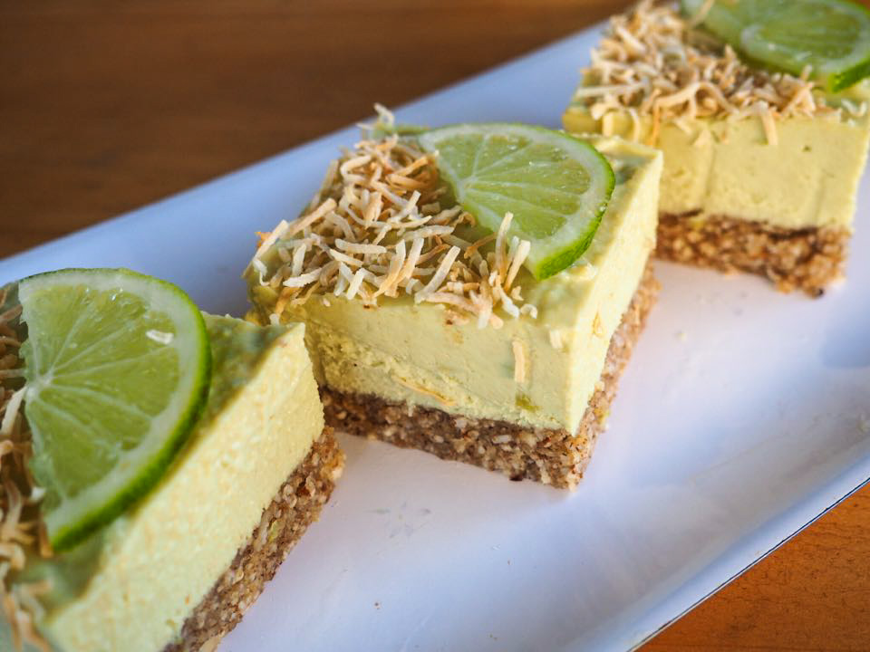 Vegan Lime & Coconut 'cheesecake'